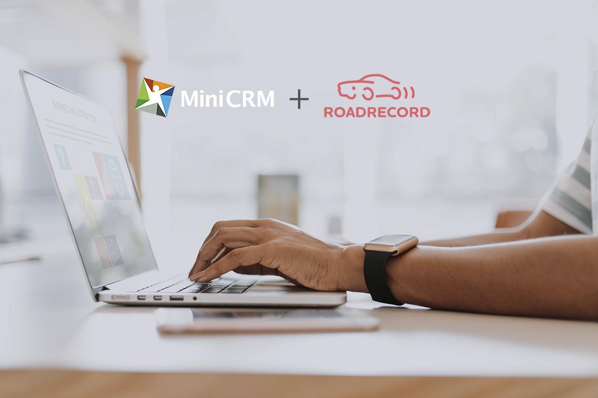 RoadRecord útnyilvántartó és MiniCRM összekapcsolása